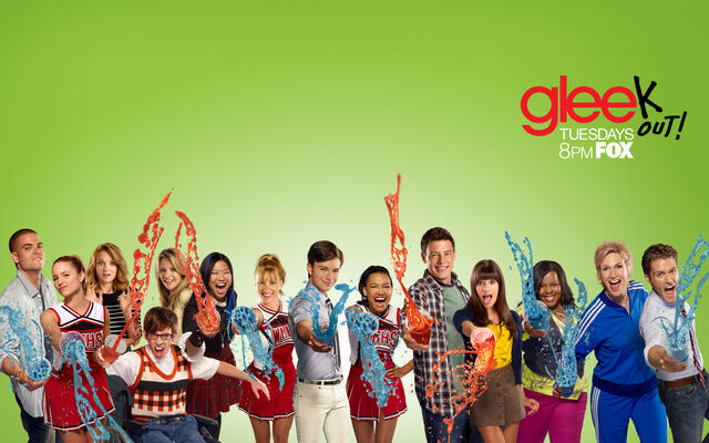 File:Glee Cast Wallpaper02873894.jpg