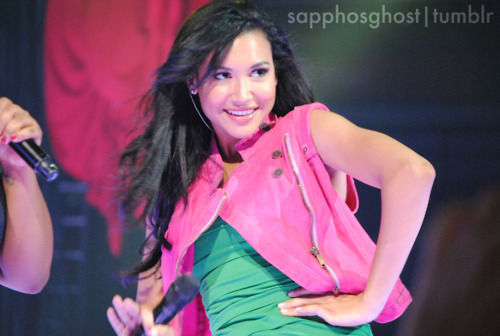File:Naya-Rivera-Boston-Glee-Live-glee-22729208-500-336.jpg