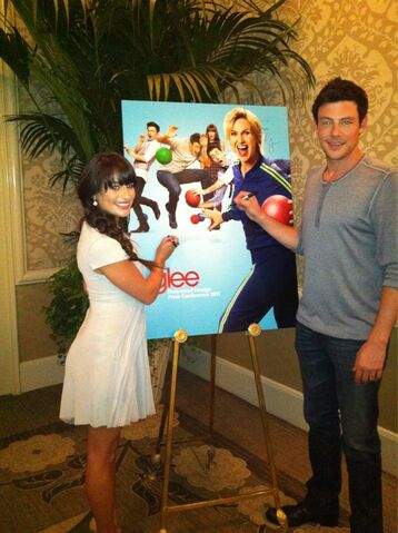 File:Addited to glee 4.jpg