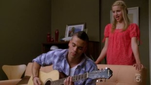 File:310px-Glee-papa-dont-preach.jpg