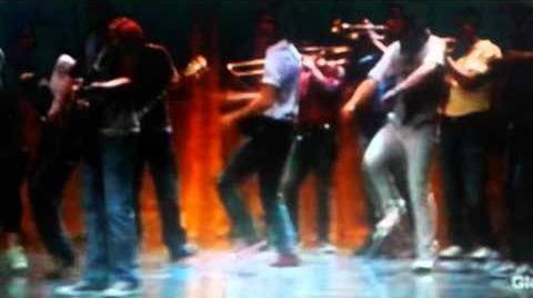 Glee - Don't stop (Full Performance)