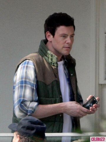 File:Cory-Monteith-Glee-set-435x580.jpg