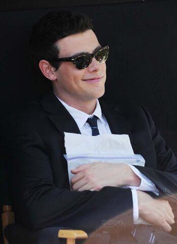 File:Glee-nyc-04262011-26.jpg