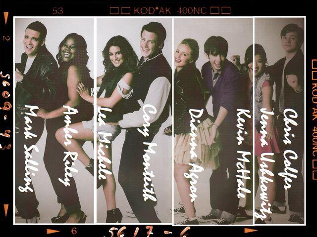 File:Glee-glee-8198478-1024-768.jpg