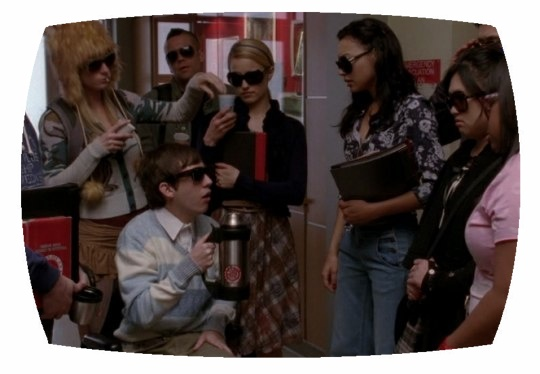 File:Glee-Blame-it-on-the-alcohol.jpg