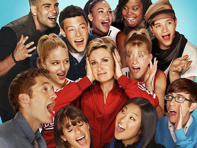 File:Glee-639-1290180046-1290539400.jpg