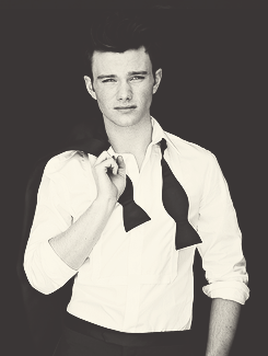 File:Chris colfer 3.png