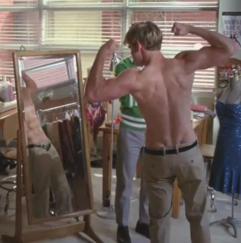 File:Glee - Blam.png