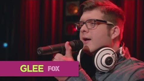 """GLEE Full Performance of """"Mustang Sally"""" from """"Homecoming"""""""