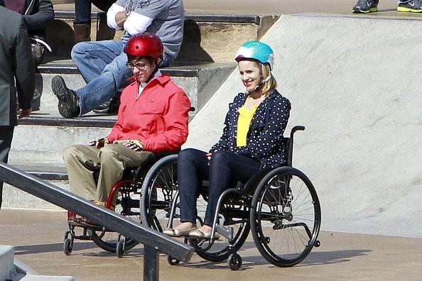 File:Glee-set-photo-quinn-s-fate-aftert-the-shocking-cliffhanger.jpg