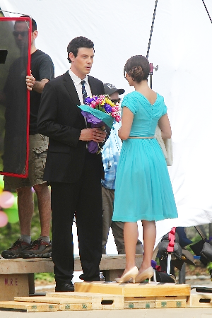 File:Lea and cory - shooting finchel - glee in nyc.png