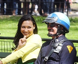 File:Santana Hits On A Police Officer In New York.jpg
