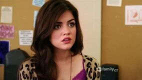 Normal Screencaps of Lucy Hale in Pretty Little Liars episode 1x11 cap058