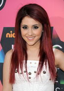 Ariana+Grande8