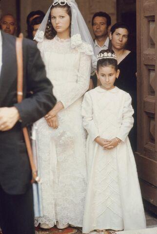 File:Apollonia wedding.jpg