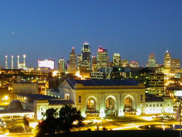 File:Kansas-City-Missouri-Downtown at Twighlight.jpg