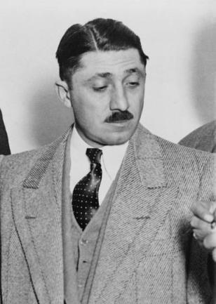 File:Frank-nitti-1881-1943-chicago-gangster-everett.jpg
