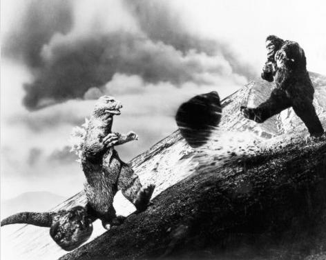 File:King Kong vs. Godzilla Production Photo 2.png