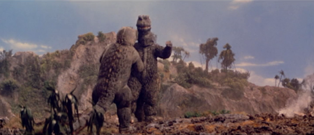 File:All Monsters Attack - Minilla goes up to SoshingekiGoji.png