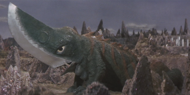File:Gamera - 5 - vs Guiron - 15 - Guiron.png