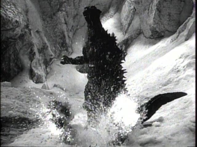File:Godzilla Raids Again - 59.png