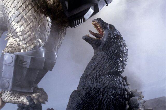 File:Godzilla vs king ghidora gal03.jpg