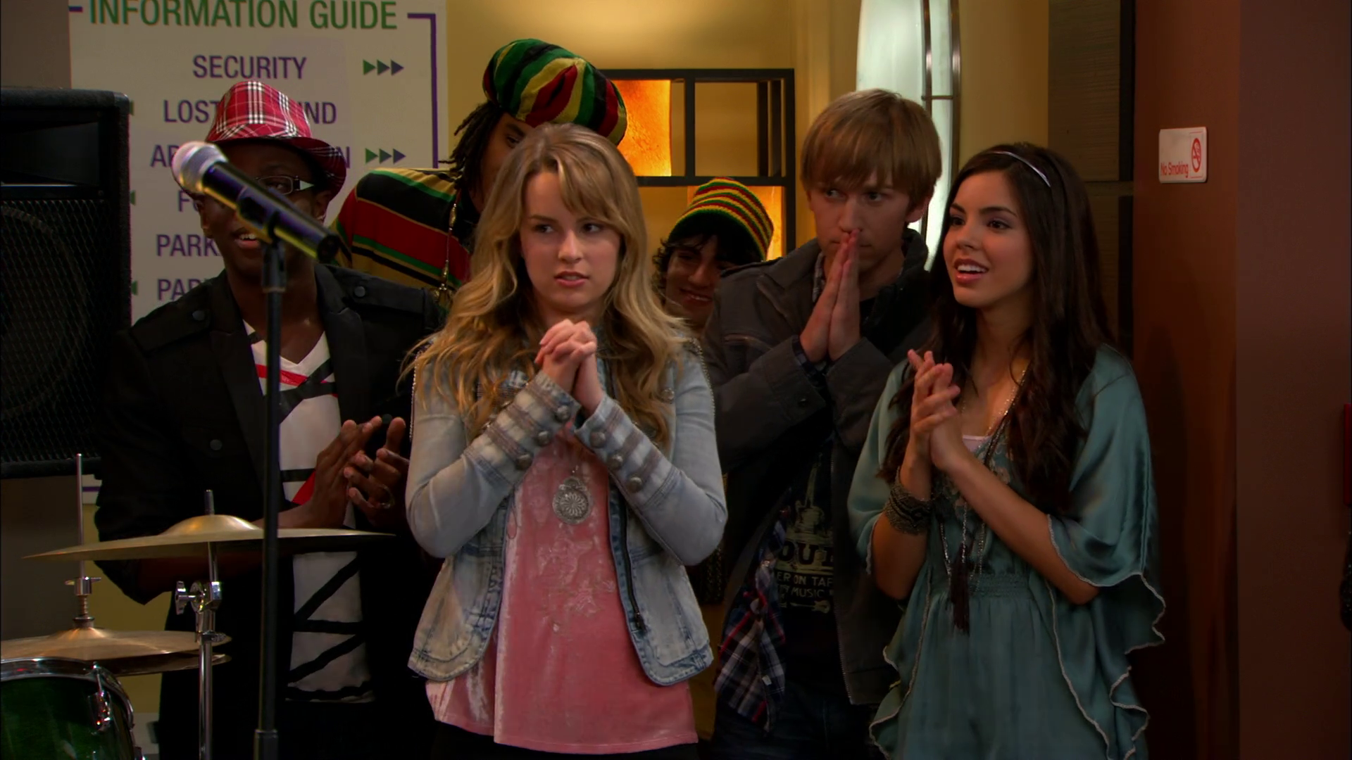 Image - Vlcsnap-2013-11-17-02h44m17s195.png | Good Luck Charlie Wiki ...