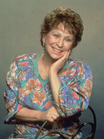 File:Alice Ghostley.png
