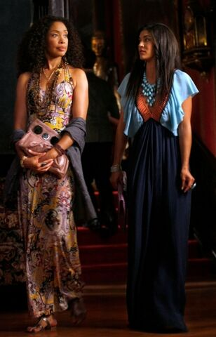 File:Gina-torres-on-gossip-girl.jpeg