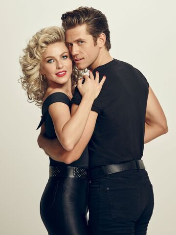 File:Grease Live! Danny and Sandy.jpg