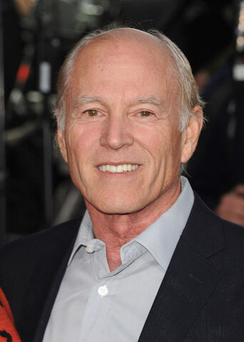 File:Frank Marshall Red Carpet Breaking Dawn Premiere NXjKPAFB8Nll.jpg