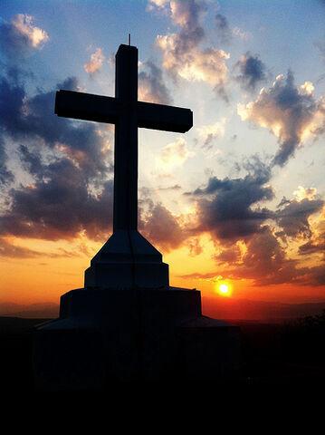 File:Holy Cross at Sunrise.jpg