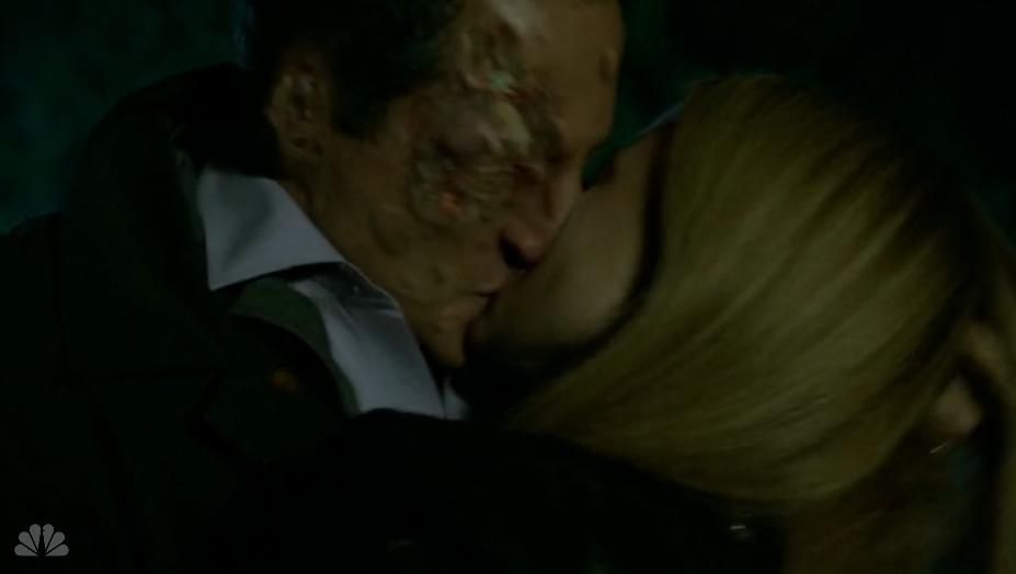 213-Adalind and Renard Kiss4