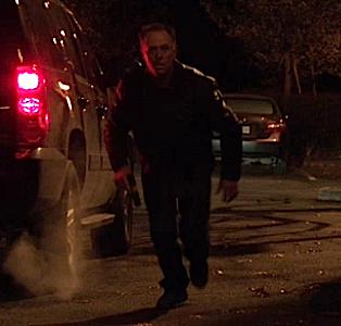 File:321-Verrat Agent killed by Hank.png