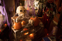 209 -Monroe's house in halloween 04