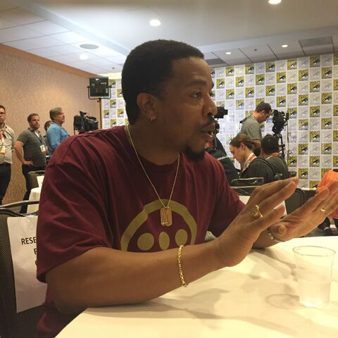 File:Russell Hornsby SDCC 2015.jpg