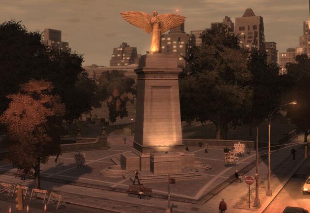 File:MiddlePark-GTA4-southweststatue.jpg