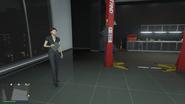 Unnamed-Female-Mechanic-GTAO-Workshop