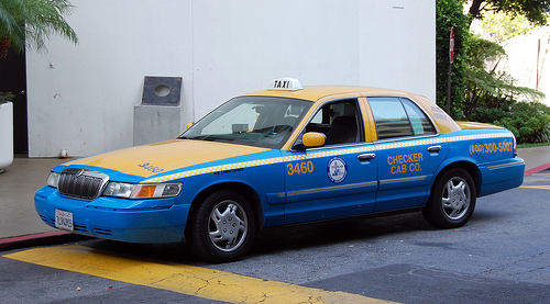 File:Mercury Grand Marquis 99' Taxi.jpg