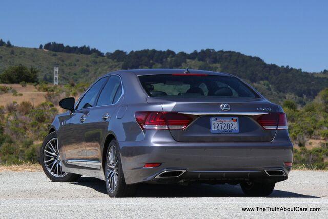 File:2013-Lexus-LS-460-F-Sport-008.jpg