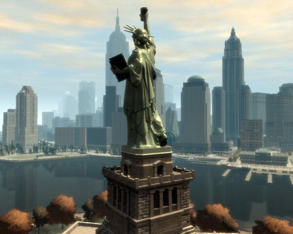 File:StatueofHappiness-GTA4-southwestside.jpg