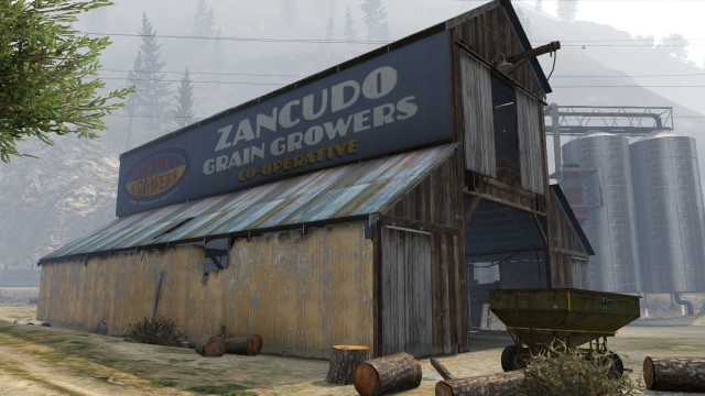 File:Donkey Punch Family Farm GTAV Barn.jpg