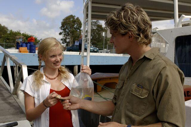 File:Rikki Selling Fish.jpg