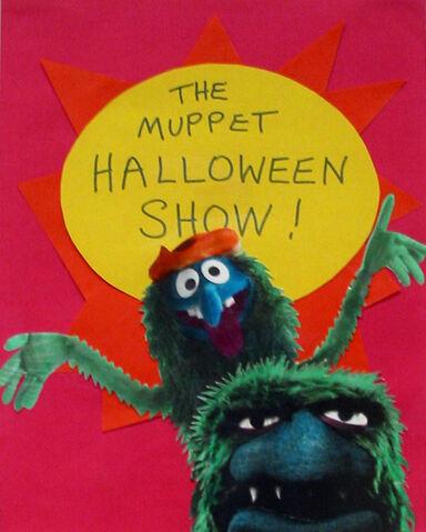 File:Halloweenshow01.jpg