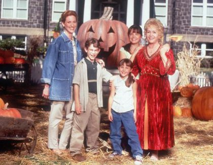 File:Halloweentown-top-10-halloween-movies-for-kids.jpg