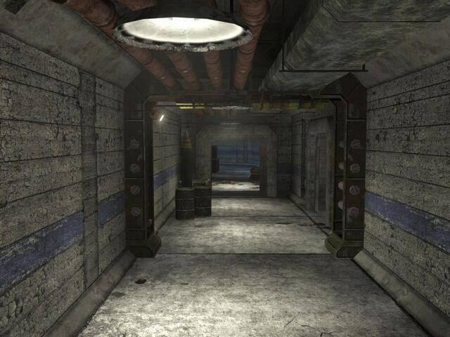File:800px-Rat's Nest Base Corridor.jpg