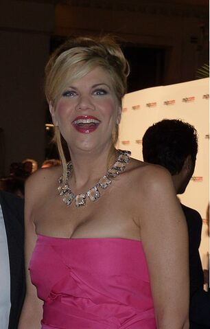 File:Kristen Johnston - Cannes (1).jpg