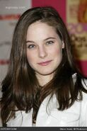 Caroline-dhavernas-4th-annual-glamour-magazine-hosts-signature-dont-party-1HVMI3
