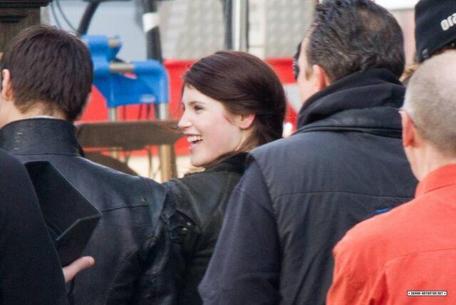 File:Gemma smiles..jpg