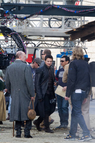 File:Jeremy behind the scenes 2.jpg